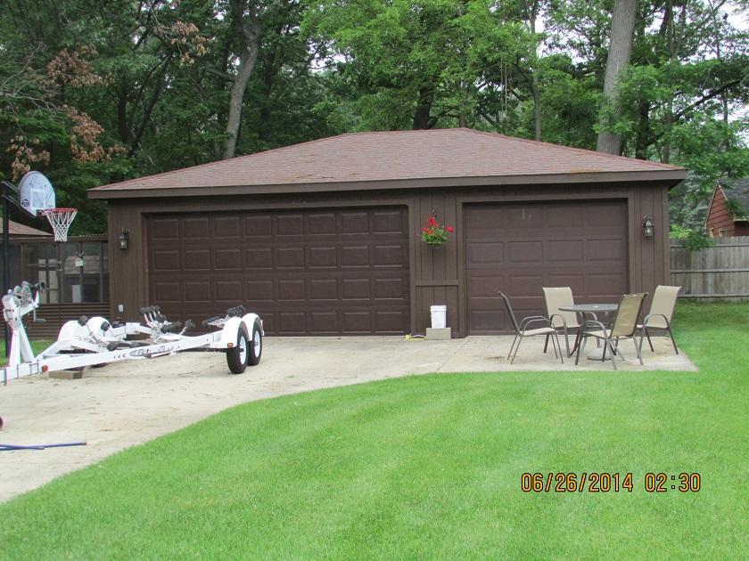 View of 3 car garage